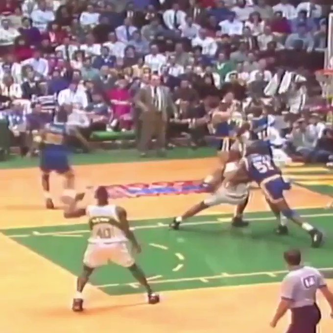 Happy birthday to arguably the best in-game dunker ever: Shawn Kemp