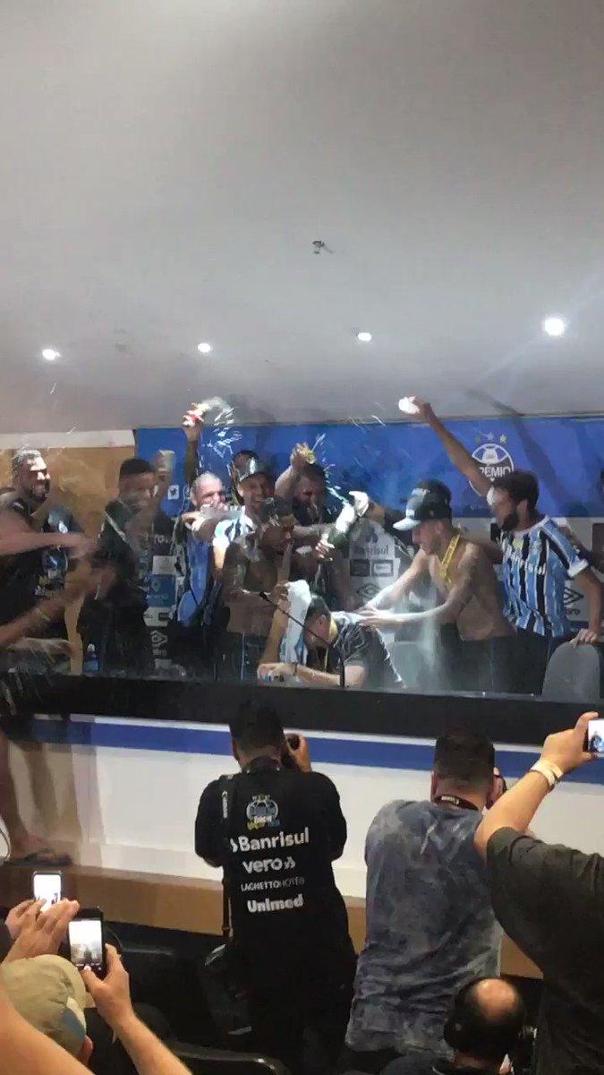 Grêmio FBPA's photo on Renato Portaluppi
