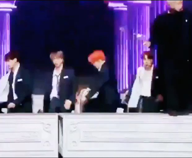 Suddenly i think about Jungoo have back pain during the LY era and he do a rolling like that  Jungkook-ah doesn't that feels hurt??😣😣 @BTS_twt #BTS #JUNGKOOK #DIONYSUS