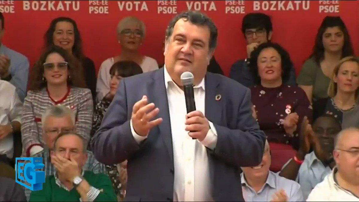 El candidato socialista a la Alcaldía de San Sebastián, Ernesto @gasco63, pide el voto para Pedro @sanchezcastejon. El Presidente ha estado hoy en Donostia #HazQuePase #egizuposible #donostiarracomotú #donostiarrazubezala