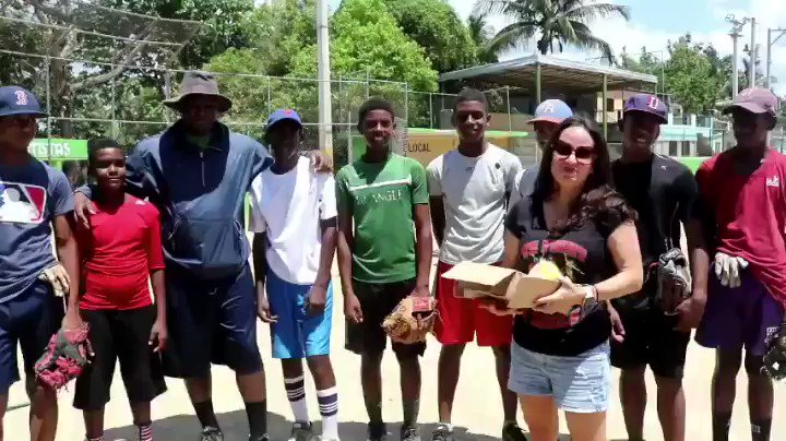 Thanks to viewers - Charlis and his team got new equipment! It was great to spend the day with them! #BeActChange #beactchange  #baseball #RepublicaDominicana #mlb #franklinsports #Dodgers #dodgers #powerofone #volunteering