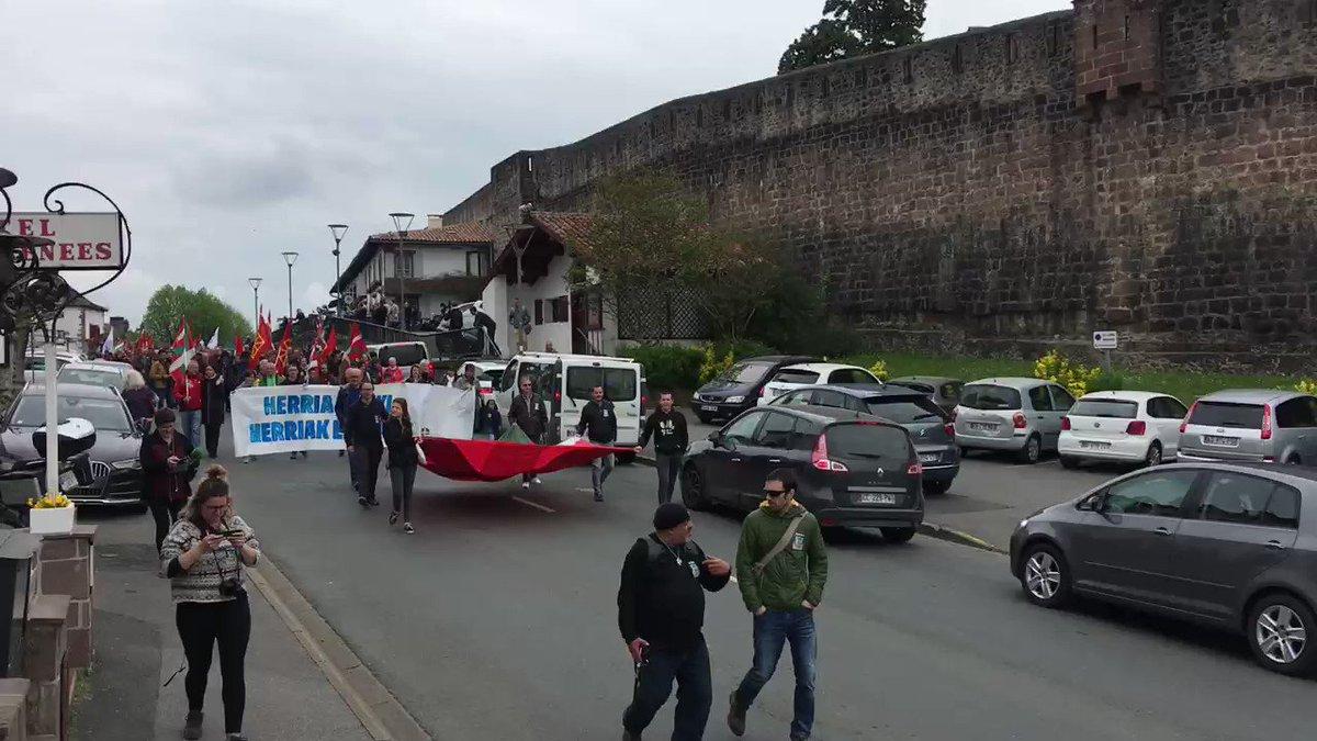 Les abertzale célèbrent le jour de la nation basque #AberriEguna2019 à Saint-Jean-Pied-de-Port