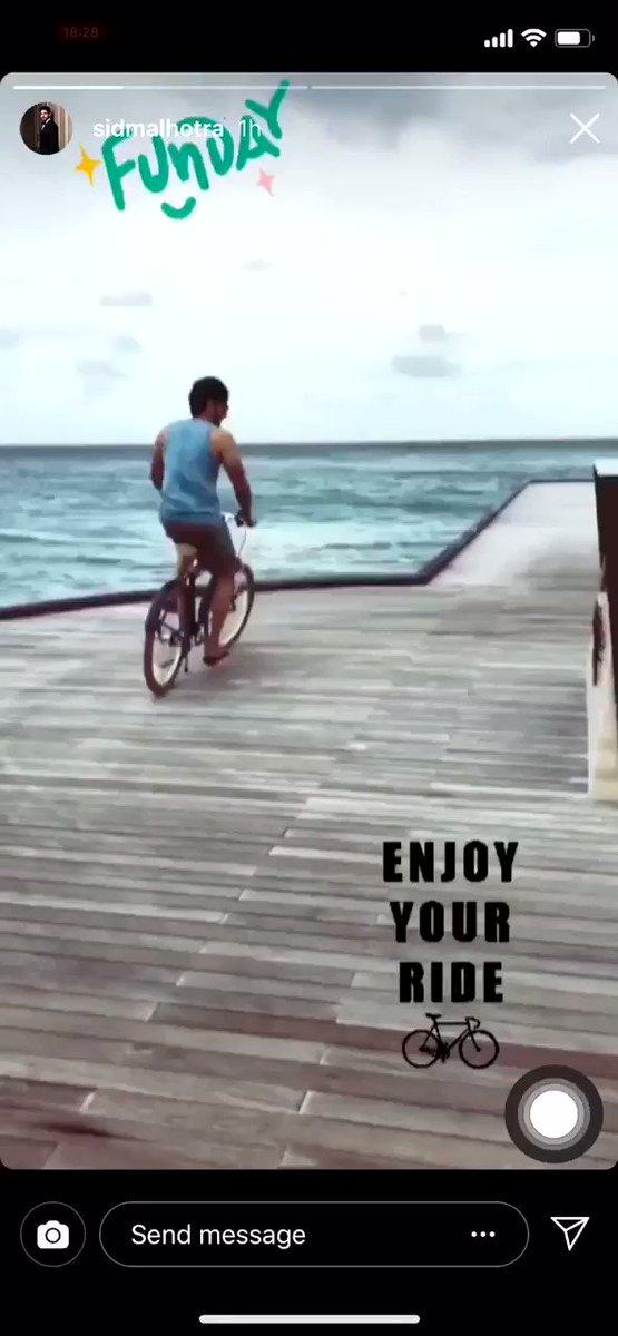 @SidMalhotra during his holiday in #Maldives 💙  #SidharthMalhotra #Love #Holiday