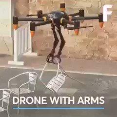 #درون بأذرع آلية بامكانها حمل مختلف الاشياء مما يمهد لمستقبل التوصيل باستخدام هذه الطائرات 👌🏼