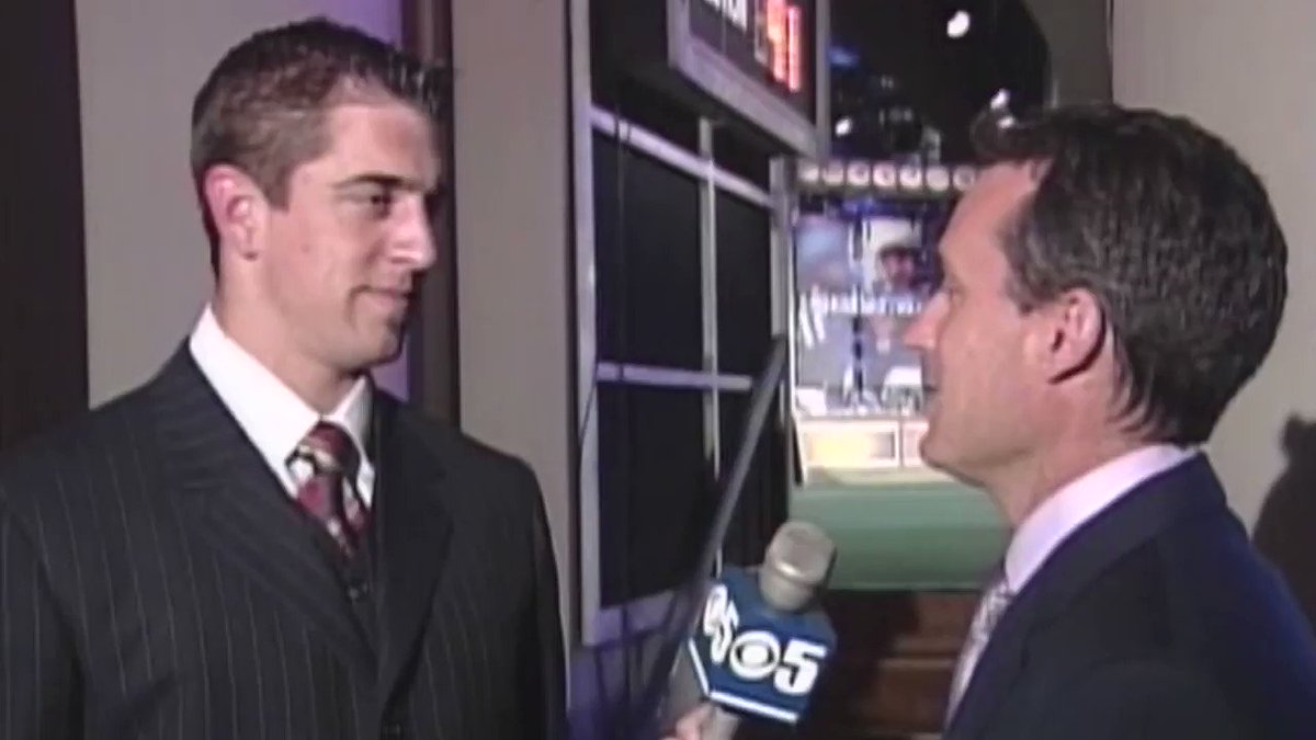 """""""Not as disappointed as the 49ers will be that they didn't draft me.""""  Today against the 49ers, Aaron Rodgers can bring his 2005 prediction to life 🔮  (via @KPIXtv)"""