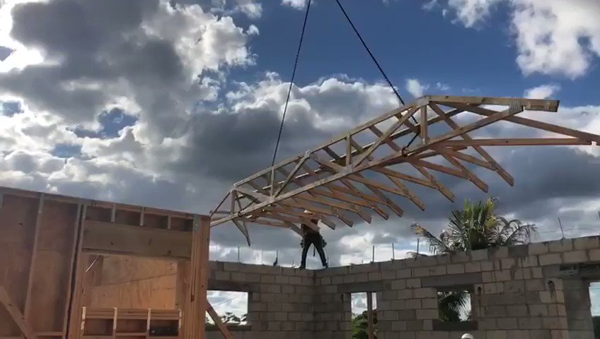 Trusses up!  904 SW 28th Ave in Boynton Beach FL. #newconstruction #contractor #Construction #homebuilder   Check out our website https://t.co/LpSB6S9yT3 @FloridaIsle  on Twitter