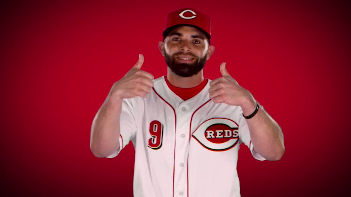 Image for the Tweet beginning: José Peraza gives the Reds