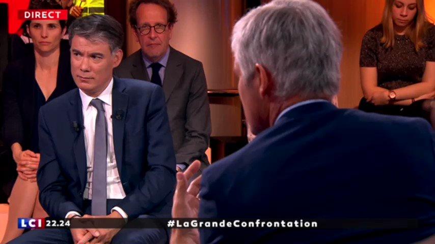 .@LaurentWauquiez a raison de rappeler le référendum local de Notre-Dame-des-Landes, quel crédit peut-on accorder à @EmmanuelMacron qui s'est assis sur le résultat et a donné raison aux zadistes violents ? #LaGrandConfrontation