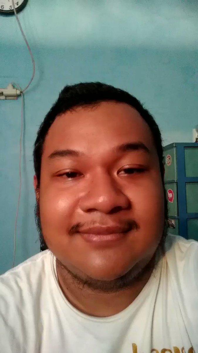 Rikues bang @Adriandhy   Ketawa Go Go Power Rangers.