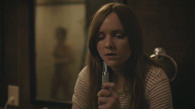 Nadine Nicole – Casual S03E07 (2017)  – Celeb Nudity