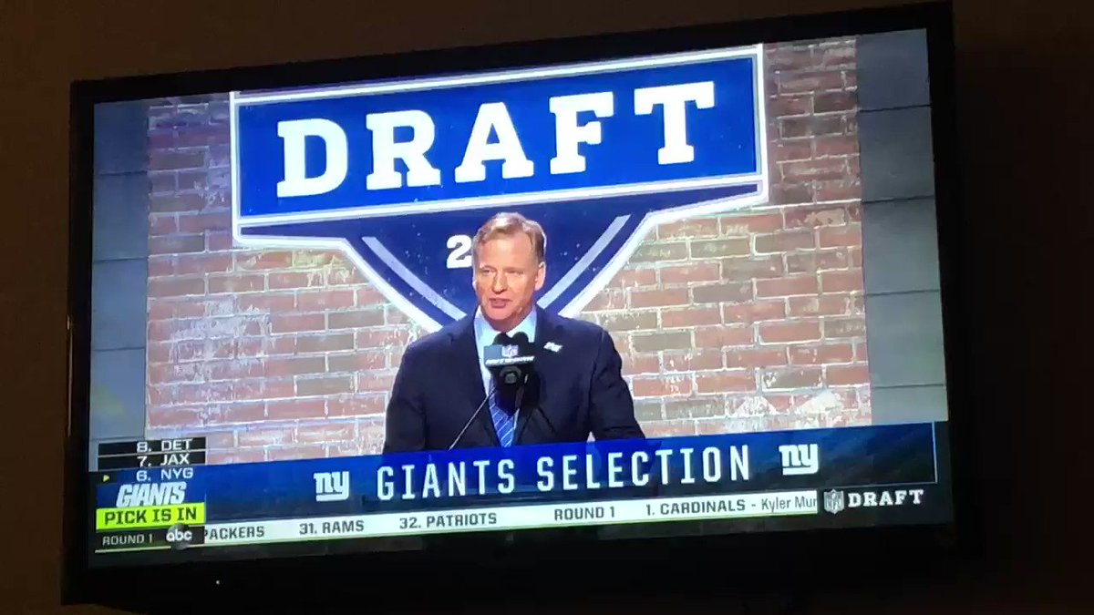 Giants Fans Are Furious With Their Pick At No. 6 Overall