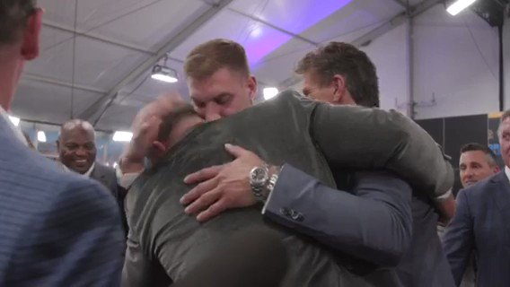All the feels. The moment @nbsmallerbear became the newest member of the #49ers. 🎥: @NFL #NFLDraft