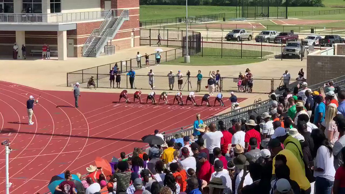 Texas teen runs 100 meters in 9.98 seconds, beating fastest high school time in history