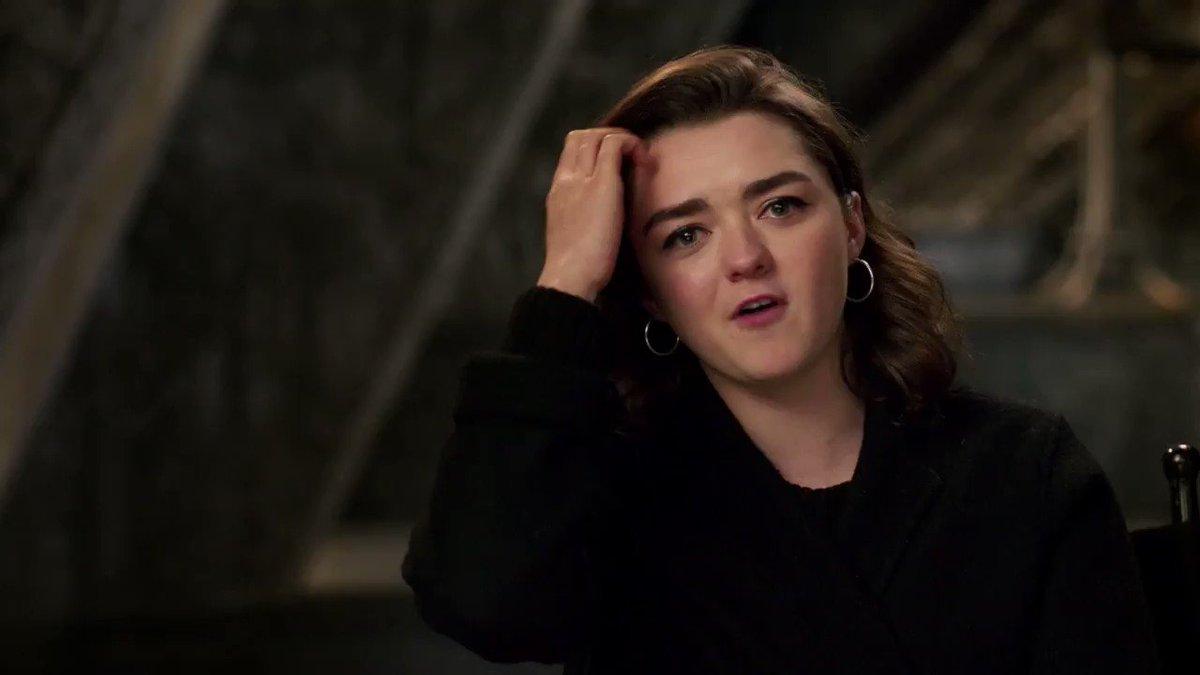 Maise Williams, nuestra querida Arya de Winterfell, tiene un mensaje para ti. El nuevo episodio de #GameofThrones está por comenzar.