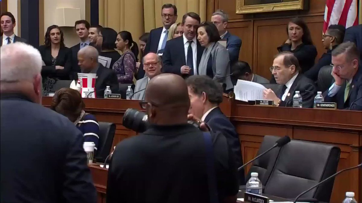 U.S. House Judiciary Committee Chairman Jerry Nadler on Friday said he's giving Attorney General William Barr one last chance to hand over the full, unredacted Mueller report, or face possible charges of contempt of Congress. @andysullivan @Reuters @ReutersTV
