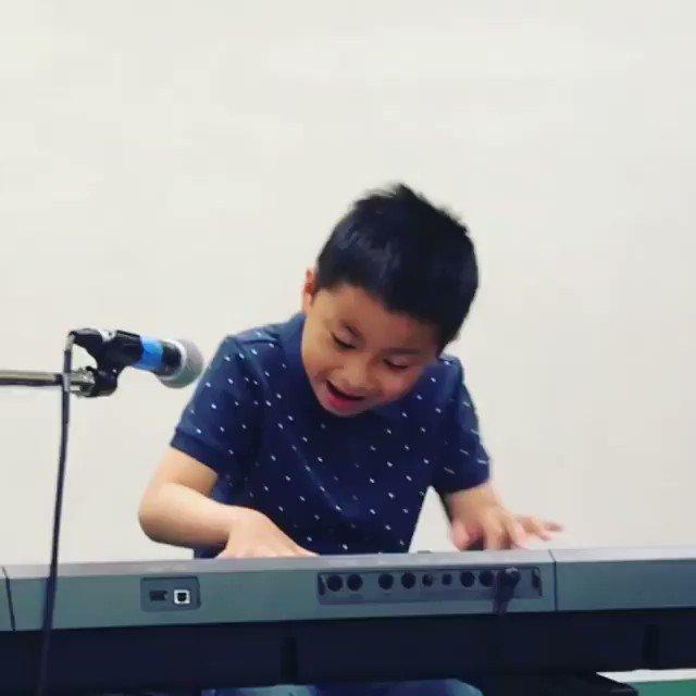 Okay someone teaching him bout some GOOD MUSIC dat  @IAMANITABAKER snap hard👋🏾🔥