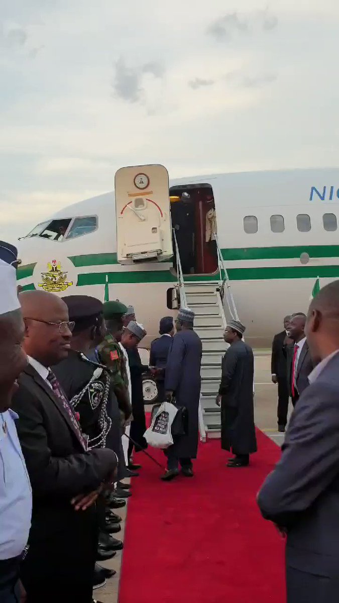 President Buhari returns to 🇳🇬
