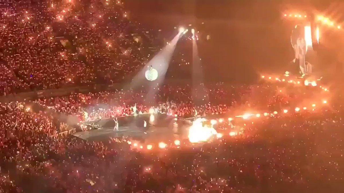 RT @btsvotingteam: Who's doing it like BTS? No one.  #PCAs #TheConcertTour #LoveYourselfSpeakYourself @BTS_twt   https://t.co/dvoXoXZUj6