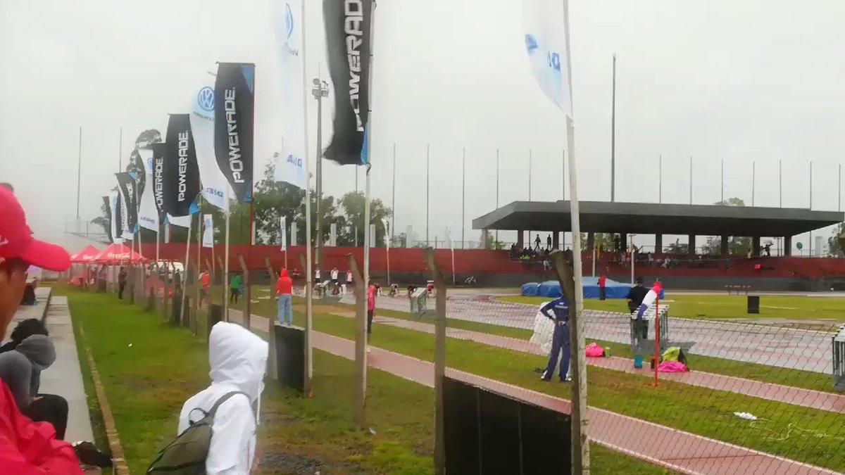 【グランプリ100m 2位&3位】この2名が南米大会に派遣されることになった。ともに100と200にエントリー。優勝は難しいけどメダルの可能性はある。南米大会で個人でメダルをとったら快挙。大会が開催されるペルーはたぶん気候がいいからしっかり準備をすれば力を発揮できる。頑張れパラグアイ!