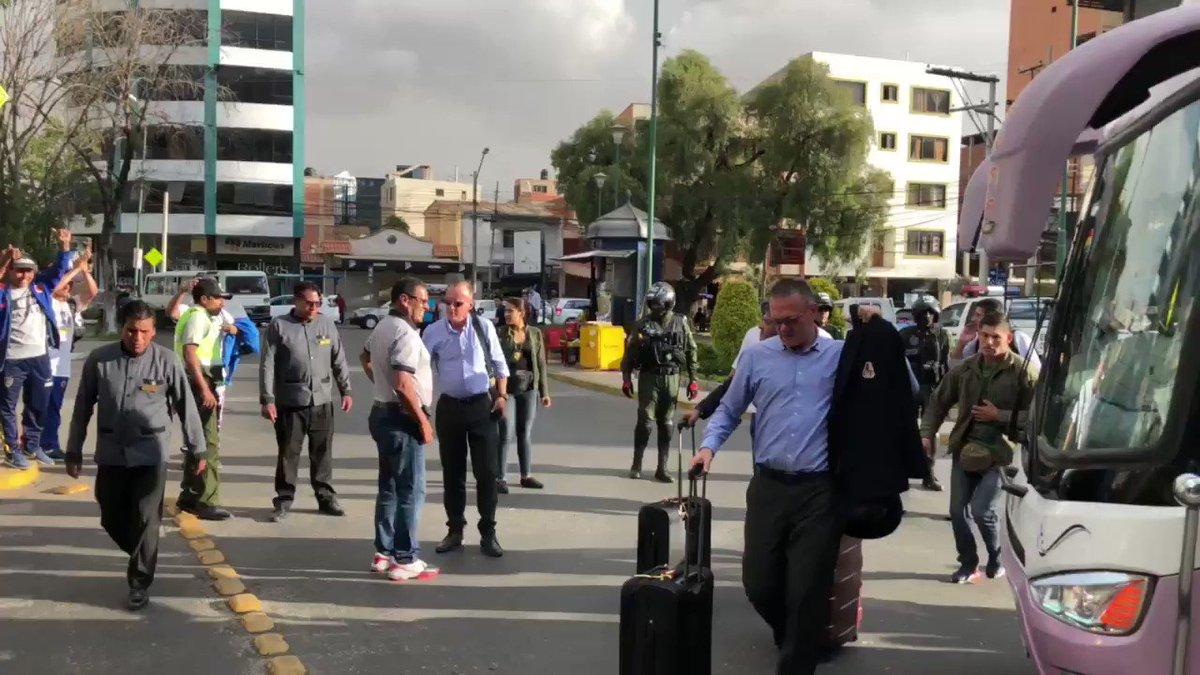 Última parada PIJAOS y este grupo de guerreros ya está en Cochabamba. Lo mejor de todo NUNCA ESTAMOS SOLOS, siempre con ustedes. #PorElSueñoLibertador