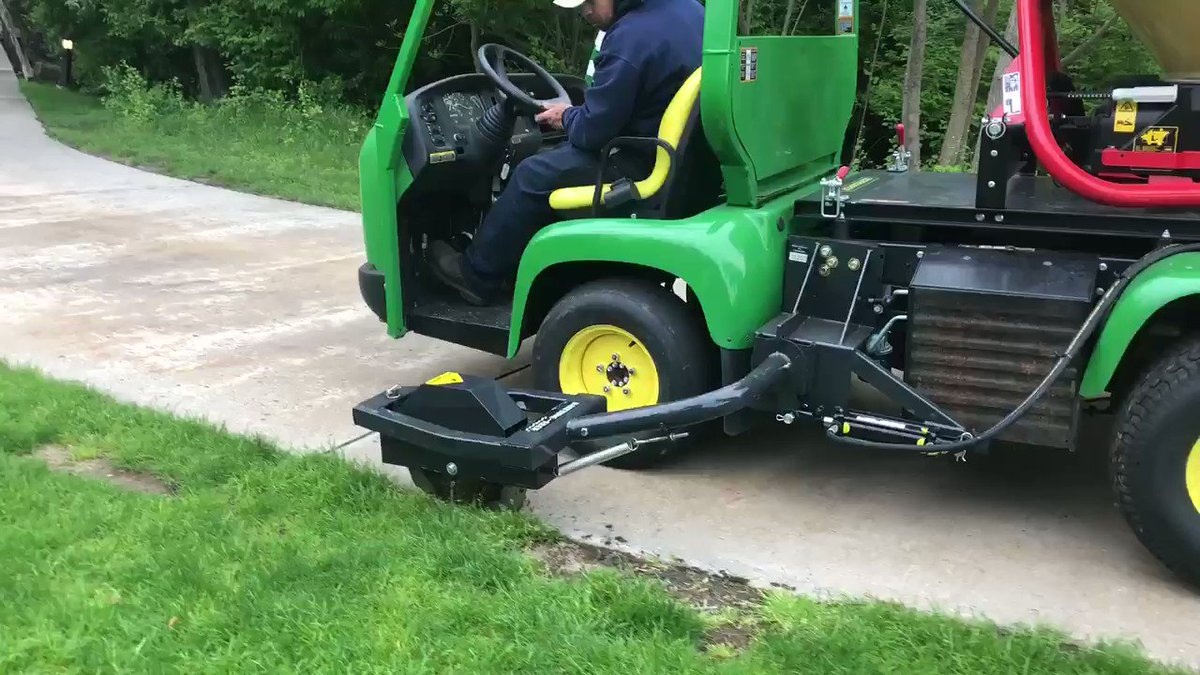 Image for the Tweet beginning: Cart path edging in the