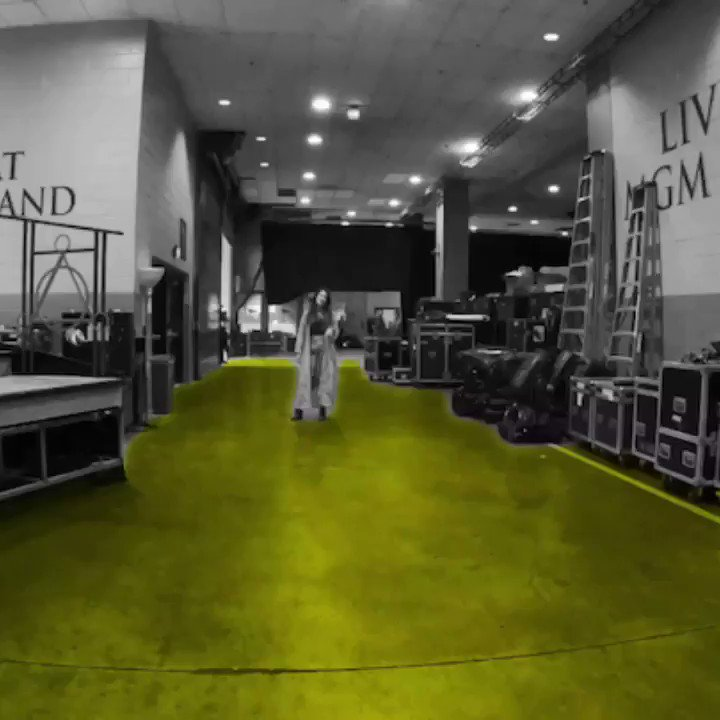 Peace, love and @Lauren_Daigle 💛 #BBMAs