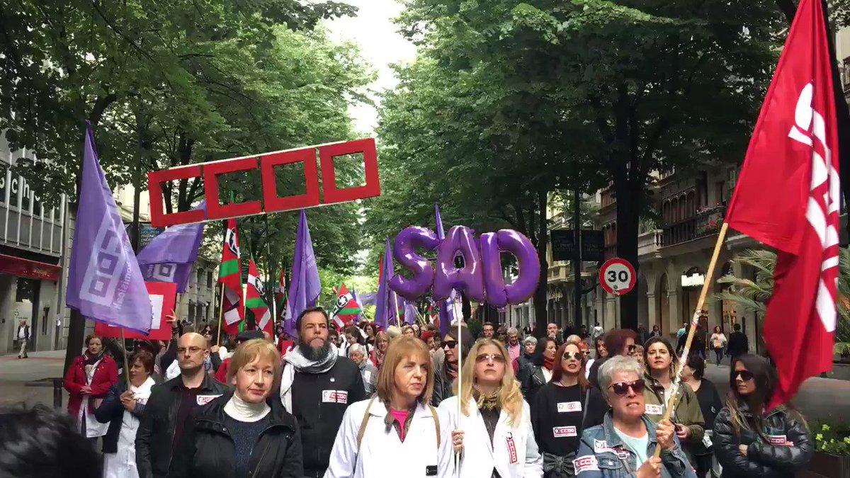 Las compañeras del Servicio de Ayuda a Domicilio de #bizkaia de @CCOO_CS_EU en lucha por su convenio. @CCOO #Bilbao #CCOOAurrerantz