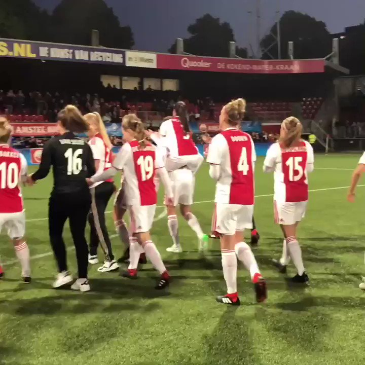 Ajax Vrouwen's photo on #ajapec