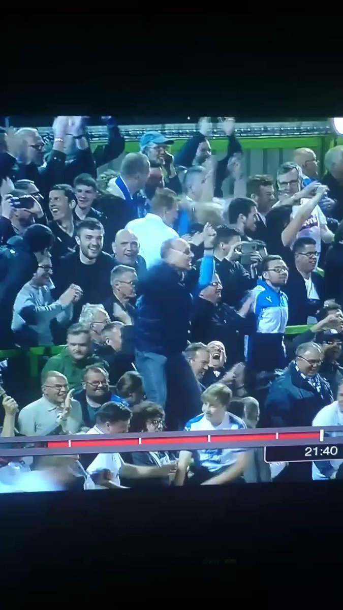 Mike Dean (yeah actual Mike Dean, Premier League Ref, loves a red card Mike Dean)... Is Tranmere Ultras top boy 😂 What a lad!