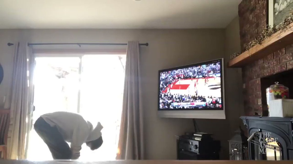 Toronto @Raptors fans went WILD when #Kawhi hit the buzzer-beater to win game 7. I collected fan videos into this supercut that is sure to make you smile. (My faves are the kids in the middle & the ending 😂🤣) #Raptors #RTZ #WeTheNorth  https://www.theglobeandmail.com/sports/article-leonards-buzzer-beater-leads-raptors-to-92-90-game-7-win-over-76ers/…