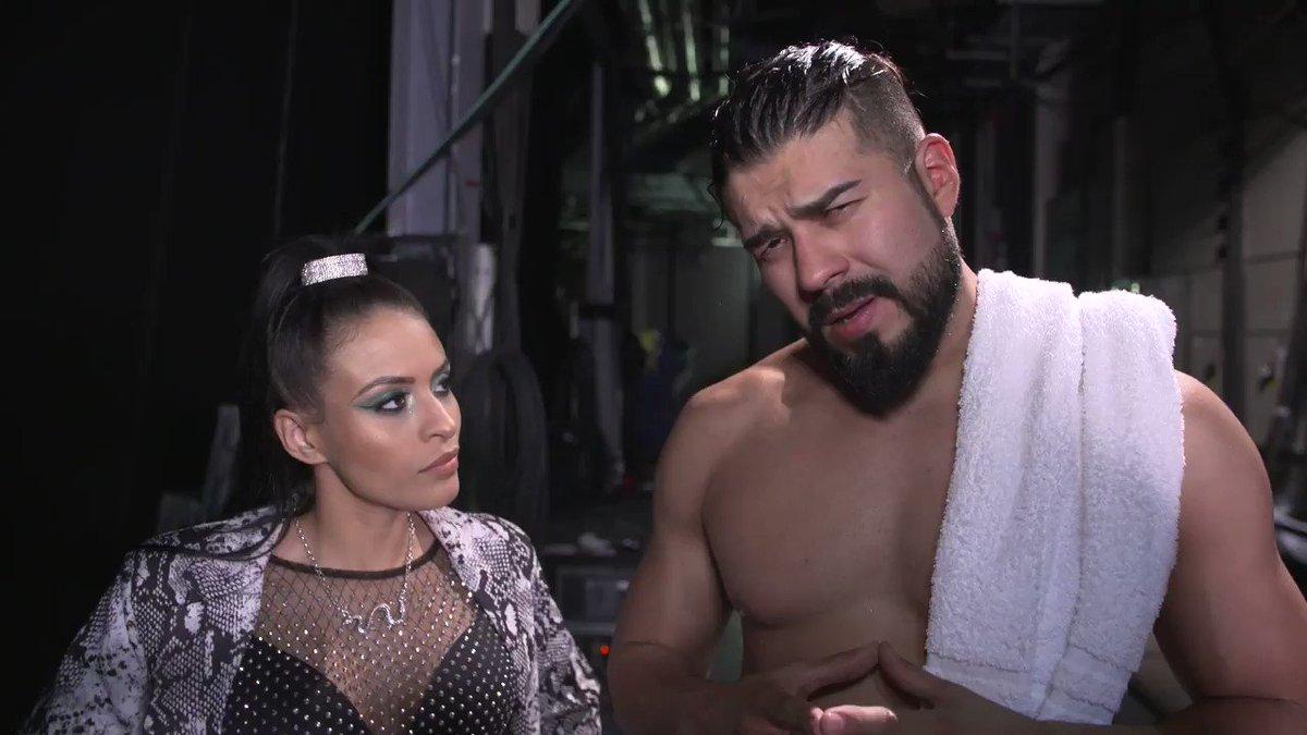 WWE Espa├▒ol's photo on #SDLive