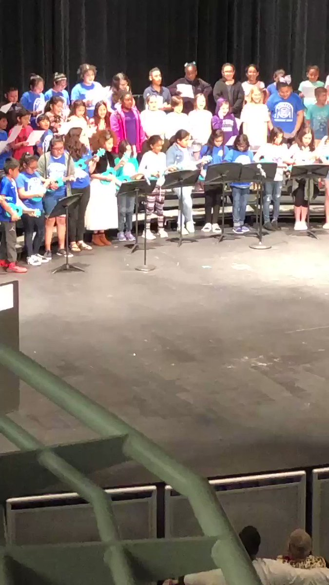 In case you missed it: Barcroft's Eagle Eukeles &amp; 4th grade chorus sang a tribute to <a target='_blank' href='http://twitter.com/APSVirginia'>@APSVirginia</a> &amp; <a target='_blank' href='http://twitter.com/BarcroftEagles'>@BarcroftEagles</a> Principal of the Year, Mrs. Apostolico-Buck at the Celebration of Excellence. <a target='_blank' href='http://search.twitter.com/search?q=APSExcellence'><a target='_blank' href='https://twitter.com/hashtag/APSExcellence?src=hash'>#APSExcellence</a></a> <a target='_blank' href='http://twitter.com/APSVaSchoolBd'>@APSVaSchoolBd</a> <a target='_blank' href='http://twitter.com/jweberva'>@jweberva</a> <a target='_blank' href='http://twitter.com/TheNinjaLawyer'>@TheNinjaLawyer</a> <a target='_blank' href='http://twitter.com/GabyRivasAPS'>@GabyRivasAPS</a> <a target='_blank' href='https://t.co/e5NSO5890l'>https://t.co/e5NSO5890l</a>
