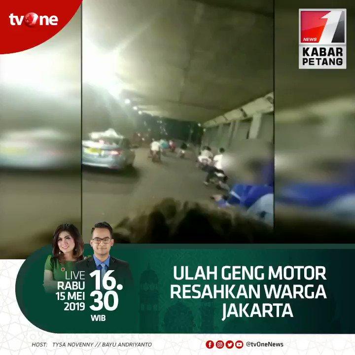 Ulah geng motor resahkan warga Jakarta.Saksikan Kabar Petang jam 16.30 WIB di tvOne & streaming tvOne connect, android http://bit.ly/2EMxVdm & ios http://apple.co/2CPK6U3 #KabarPetangtvOne