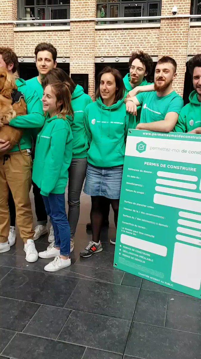 Jour de fête pour la startup @PMDC  ! Elle sonne le gong d' #EuraTechnologies pour célébrer sa levée de fonds 👍 – at EuraTechnologies