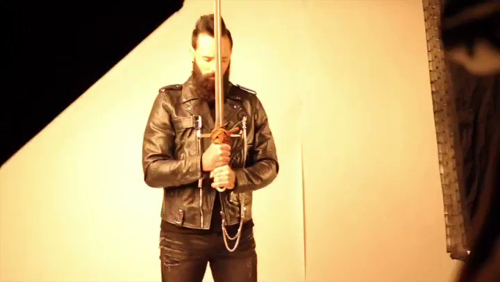 Check out our newest Skillet Podcast and see behind-the-scenes of our Victorious photoshoot. 🤟🏻  https://youtu.be/PF18K-SUrvg