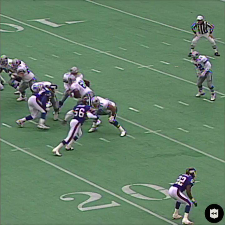 RT @AmericasTeam_21: Separated shoulder, 249 total yards. @EmmittSmith22 was a different breed! 🐐#CowboyNation  https://t.co/qyYcYMNUhb