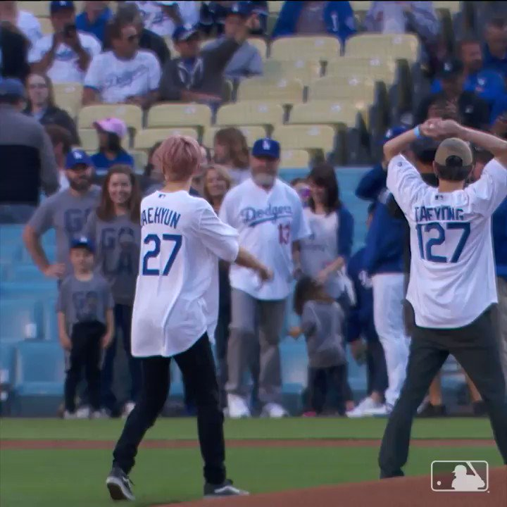 .@NCTsmtown_127 threw out the first pitch tonight at Dodger Stadium.   Gotta love the full windups.
