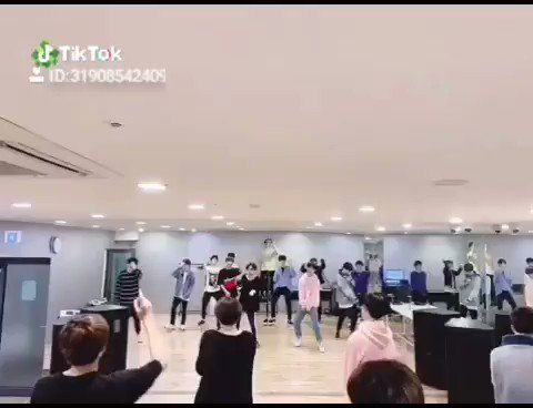 Aaaahhh yeahhh! treasure 13 cover ah yeah winner#TREASURE13 #트레저13 #AHYEAH #TREASURE #MAGNUM #WINNER #YG #YGEntertainment