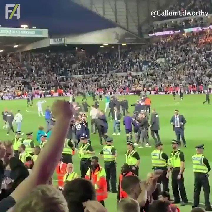 Derby County player @DuaneHolmes was having fun with the Derby fans last night 🕵️♂️ #DCFC #COYR Credit: @CallumEdworthy