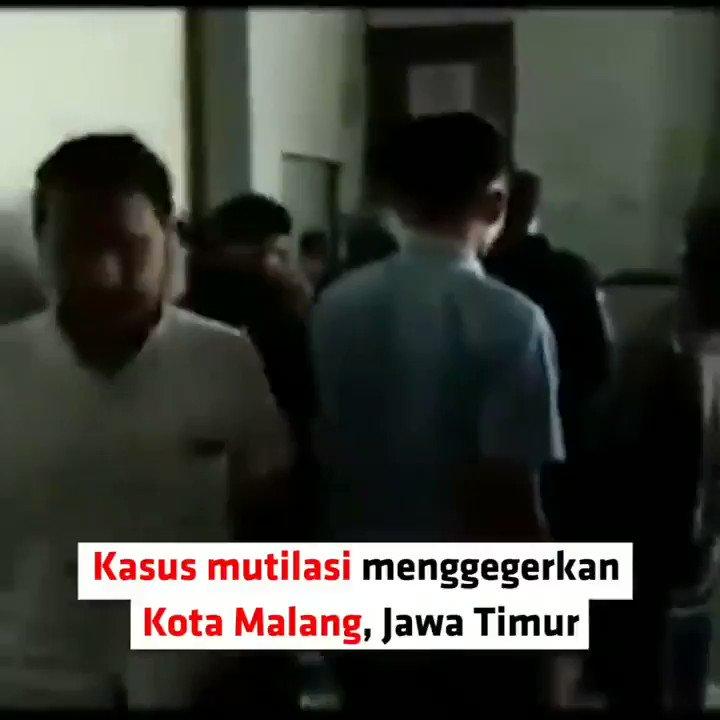 MUTILASI DI PASAR BESAR MALANG KORBAN DITATO PELAKUSugeng pelaku mutilasi seorang wanita di Lantai II Pasar Besar Kota Malang, mengaku kalau tato yang ada di telapak kaki kiri dan kaki kanan korban, adalah hasil karyanya. #NewsOne
