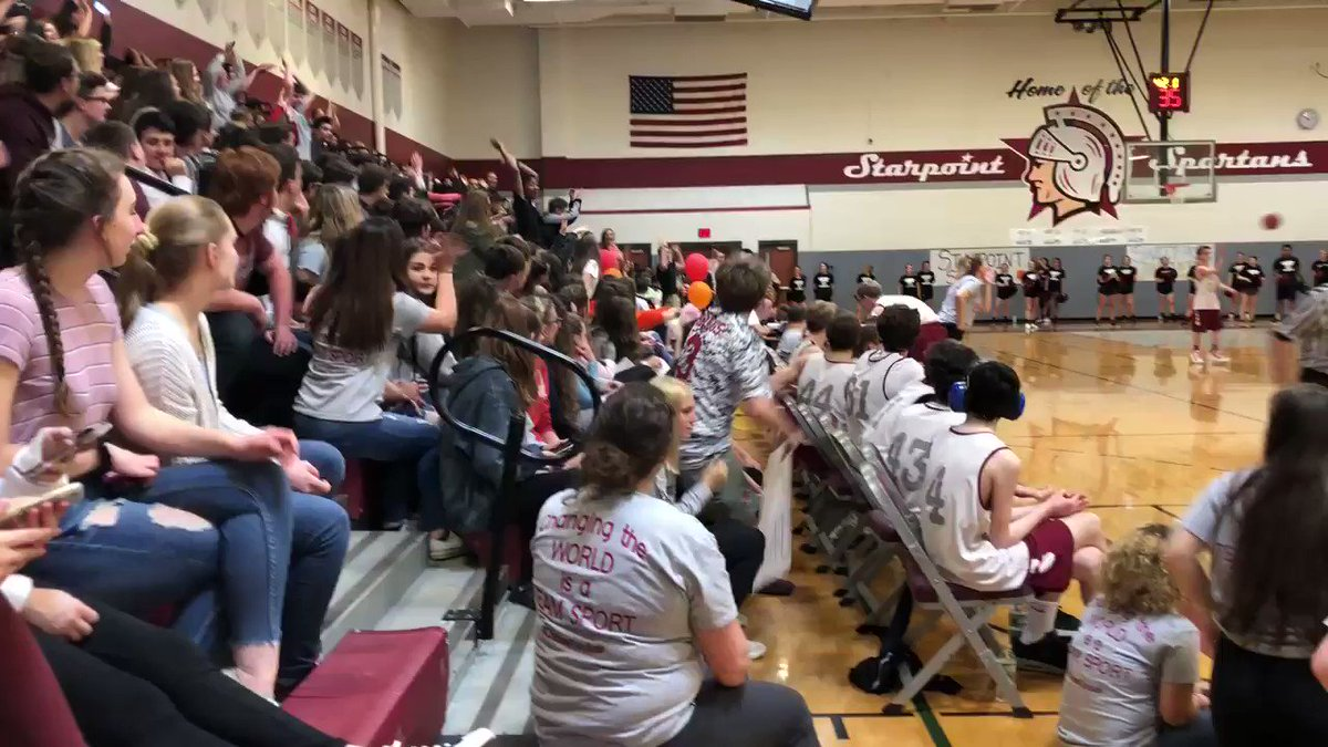 The Wave is in effect @StarpointCSD @UnifiedSportsNY game between @scsdunified and @SHUnified What a scene! #ChooseToInclude