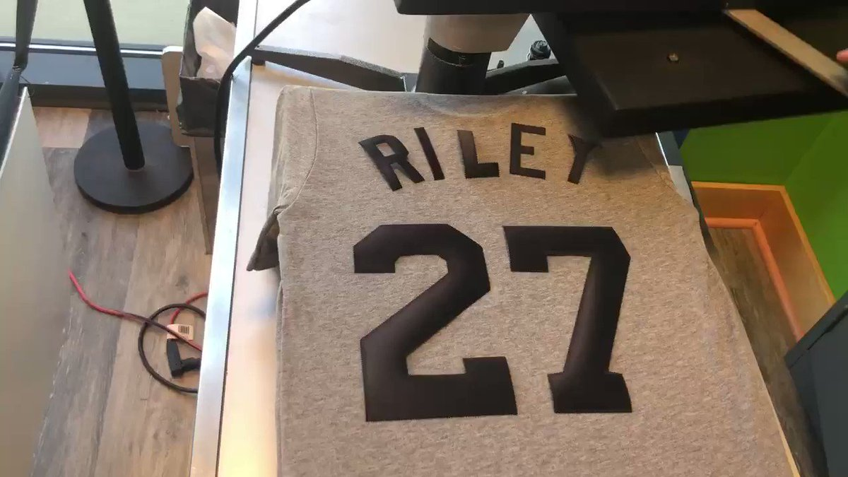 To celebrate @austinriley1308's MLB debut last night, we're giving away a custom Stripers Riley shirt!   RT for a chance to win!
