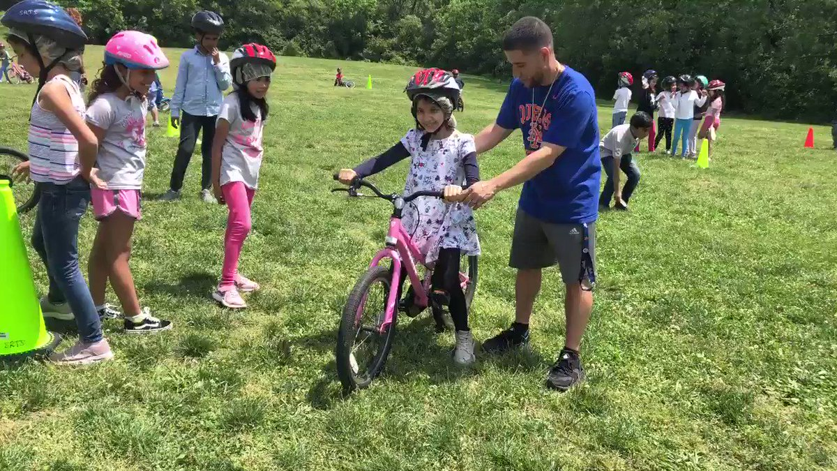 3rd grade student went from bike glider to full blown rider in 3 lessons! So proud of the effort of our bike riders! <a target='_blank' href='http://search.twitter.com/search?q=HFBtweets'><a target='_blank' href='https://twitter.com/hashtag/HFBtweets?src=hash'>#HFBtweets</a></a>  <a target='_blank' href='http://search.twitter.com/search?q=ApsisAwesome'><a target='_blank' href='https://twitter.com/hashtag/ApsisAwesome?src=hash'>#ApsisAwesome</a></a>  <a target='_blank' href='http://search.twitter.com/search?q=MsBarrettHFB'><a target='_blank' href='https://twitter.com/hashtag/MsBarrettHFB?src=hash'>#MsBarrettHFB</a></a> <a target='_blank' href='https://t.co/rxAsOas6Ru'>https://t.co/rxAsOas6Ru</a>