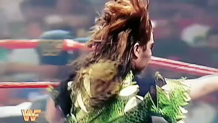 @bullnakanokeiko meets @Madusa_rocks and 1994 lives forever in my heart.