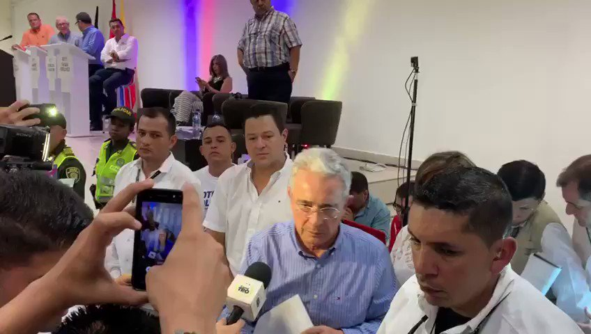 Álvaro Uribe Vélez's photo on Santrich