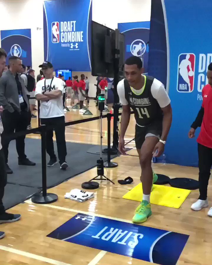 Darius Bazley (@BazleyDarius) gets it going at the 3/4 Court Sprint!