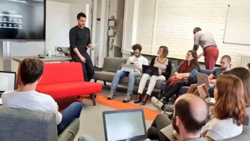 Passionné(e) de #tech, d'innovation, étudiant(e), salarié(e), jeune diplômé(e), avec l'envie de créer un projet innovant ?Postulez au programme d'incubation START d'#EuraTechnologies bit.ly/2owNNI2 #startup #innovation #entrepreneur #VivaTech https://t.co/Hx05Lyyhff