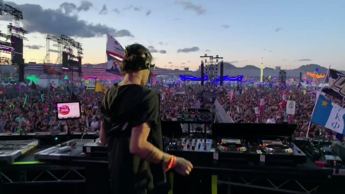 EDC. I have no words. You guys came out and packed that fkng stage at 7pm. Thanks for proving that this movement is real 🏴