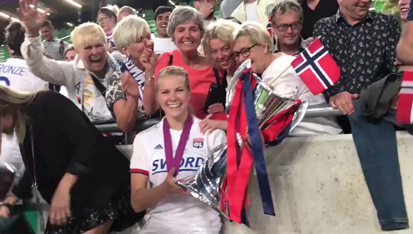 She wins her 4th CL-trophy in a row. Scores a Hattrick today. Has won the Ballon d'Or....  And by the way...Ada Hegerberg is 23.....  #norway @AdaStolsmo   With her family!!