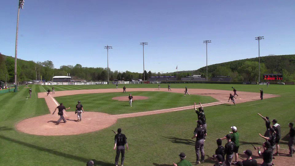 Cedrick Rose with the walk off single to drive in Matt Parkinson. The Generals comeback to defeat the Niagara Thunderwolves 11-10. The Generals will play at 8:00 Pm against the loser between Finger Lakes Lakers and Erie Kats.